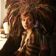 Imogen Poots - galeria zdjęć - Zdjęcie nr. 1 z filmu: Prawdziwa historia króla skandali