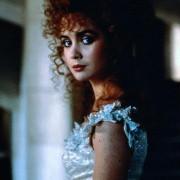 Lysette Anthony - galeria zdjęć - filmweb