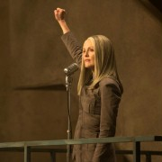Julianne Moore - galeria zdjęć - Zdjęcie nr. 5 z filmu: Igrzyska śmierci: Kosogłos. Część 1