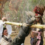 Johnny Depp - galeria zdjęć - Zdjęcie nr. 15 z filmu: Piraci z Karaibów: Skrzynia umarlaka