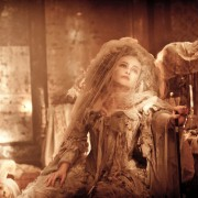 Helena Bonham Carter - galeria zdjęć - Zdjęcie nr. 1 z filmu: Wielkie nadzieje