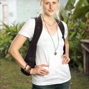 Mamie Gummer - galeria zdjęć - Zdjęcie nr. 24 z filmu: Off the Map: Klinika w tropikach