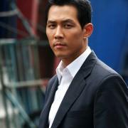 Jung-Jae Lee - galeria zdjęć - Zdjęcie nr. 13 z filmu: Tajfun