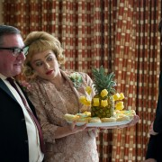 Helena Bonham Carter - galeria zdjęć - Zdjęcie nr. 9 z filmu: Tost. Historia chłopięcego głodu
