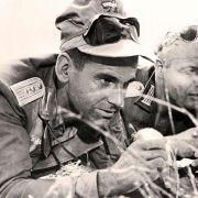 Marlon Brando - galeria zdjęć - Zdjęcie nr. 2 z filmu: Młode lwy