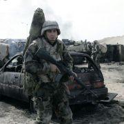 Jake Gyllenhaal - galeria zdjęć - Zdjęcie nr. 11 z filmu: Jarhead: Żołnierz piechoty morskiej