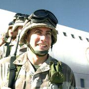 Jake Gyllenhaal - galeria zdjęć - Zdjęcie nr. 10 z filmu: Jarhead: Żołnierz piechoty morskiej