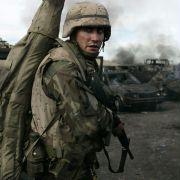 Jake Gyllenhaal - galeria zdjęć - Zdjęcie nr. 3 z filmu: Jarhead: Żołnierz piechoty morskiej