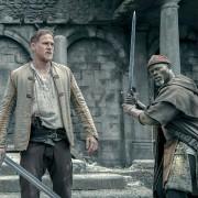 Kingsley Ben-Adir - galeria zdjęć - Zdjęcie nr. 2 z filmu: Król Artur: Legenda miecza