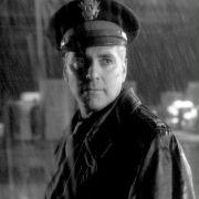 George Clooney - galeria zdjęć - Zdjęcie nr. 24 z filmu: Dobry Niemiec