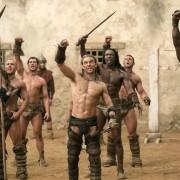 Dustin Clare - galeria zdjęć - Zdjęcie nr. 14 z filmu: Spartakus: Bogowie areny
