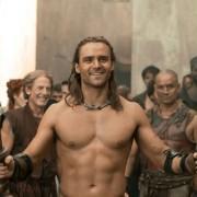 Dustin Clare - galeria zdjęć - Zdjęcie nr. 5 z filmu: Spartakus: Bogowie areny