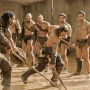 Dustin Clare - galeria zdjęć - Zdjęcie nr. 13 z filmu: Spartakus: Bogowie areny