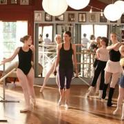 Sutton Foster - galeria zdjęć - Zdjęcie nr. 6 z filmu: Tancerki