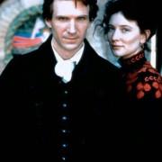 Ralph Fiennes - galeria zdjęć - Zdjęcie nr. 13 z filmu: Oskar i Lucinda
