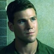 Liam Hemsworth - galeria zdjęć - Zdjęcie nr. 7 z filmu: Miłość i honor