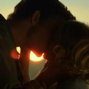 Liam Hemsworth - galeria zdjęć - Zdjęcie nr. 20 z filmu: Miłość i honor