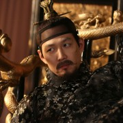Jung-Jae Lee - galeria zdjęć - Zdjęcie nr. 2 z filmu: Gwan-sang
