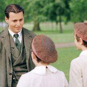 Johnny Depp - galeria zdjęć - Zdjęcie nr. 22 z filmu: Marzyciel