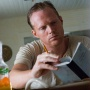 T. Ray Owens - Paul Bettany