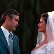 George Clooney - galeria zdjęć - Zdjęcie nr. 10 z filmu: Okrucieństwo nie do przyjęcia
