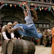 Anne Hathaway - galeria zdjęć - Zdjęcie nr. 19 z filmu: Ella zaklęta