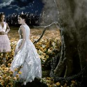 Anne Hathaway - galeria zdjęć - Zdjęcie nr. 24 z filmu: Ella zaklęta