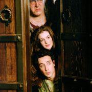 Anne Hathaway - galeria zdjęć - Zdjęcie nr. 27 z filmu: Ella zaklęta