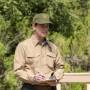 Strażnik w parku - Peter Krause