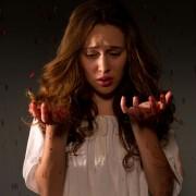 Alycia Debnam-Carey - galeria zdjęć - Zdjęcie nr. 2 z filmu: Where the Devil Hides