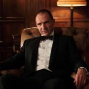 Ralph Fiennes - galeria zdjęć - Zdjęcie nr. 2 z filmu: Ósma strona