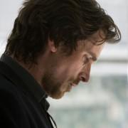 Christian Bale - galeria zdjęć - Zdjęcie nr. 7 z filmu: Rycerz pucharów