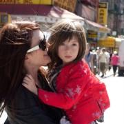 Julianne Moore - galeria zdjęć - Zdjęcie nr. 2 z filmu: O czym wiedziała Maisie