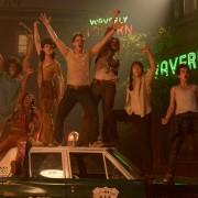 Jeremy Irvine - galeria zdjęć - Zdjęcie nr. 2 z filmu: Stonewall