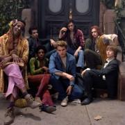 Jeremy Irvine - galeria zdjęć - Zdjęcie nr. 6 z filmu: Stonewall