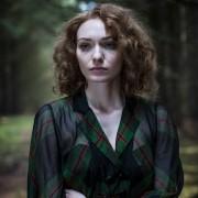 Eleanor Tomlinson - galeria zdjęć - Zdjęcie nr. 15 z filmu: Próba niewinności