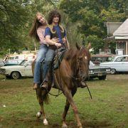 Caitlin Fitzgerald - galeria zdjęć - Zdjęcie nr. 2 z filmu: Zdobyć Woodstock