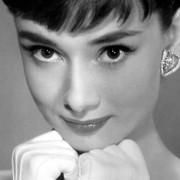 Audrey Hepburn - galeria zdjęć - Zdjęcie nr. 23 z filmu: Sabrina
