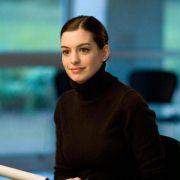 Anne Hathaway - galeria zdjęć - Zdjęcie nr. 7 z filmu: Ocaleni