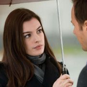Anne Hathaway - galeria zdjęć - Zdjęcie nr. 9 z filmu: Ocaleni
