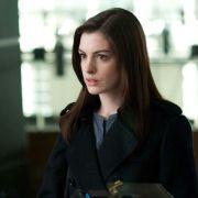 Anne Hathaway - galeria zdjęć - Zdjęcie nr. 18 z filmu: Ocaleni