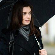 Anne Hathaway - galeria zdjęć - Zdjęcie nr. 19 z filmu: Ocaleni