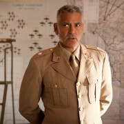 George Clooney - galeria zdjęć - Zdjęcie nr. 5 z filmu: Paragraf 22
