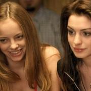 Anne Hathaway - galeria zdjęć - Zdjęcie nr. 5 z filmu: Spustoszenie