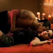 Anne Hathaway - galeria zdjęć - Zdjęcie nr. 10 z filmu: Spustoszenie
