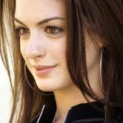 Anne Hathaway - galeria zdjęć - Zdjęcie nr. 1 z filmu: Spustoszenie