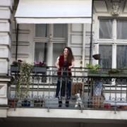 Charlotte Le Bon - galeria zdjęć - Zdjęcie nr. 2 z filmu: Zakochany Berlin