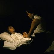 Bérénice Bejo - galeria zdjęć - Zdjęcie nr. 3 z filmu: Dzieciństwo wodza