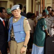 Nick Nolte - galeria zdjęć - Zdjęcie nr. 4 z filmu: Hotel Ruanda