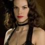 Madeleine Linscott - Hilary Swank